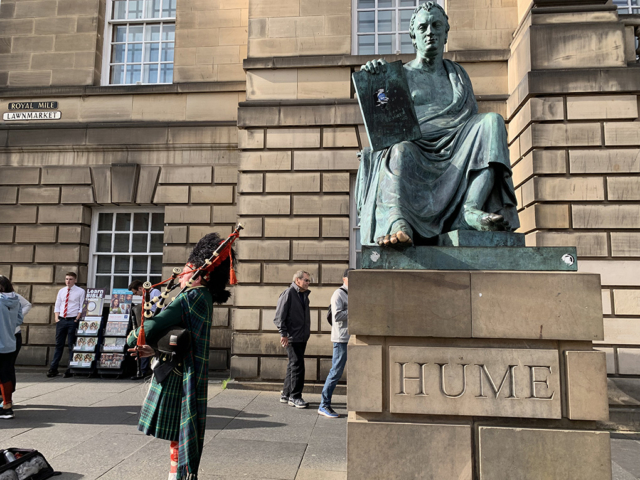 City Street Edinburgh Hume Statue